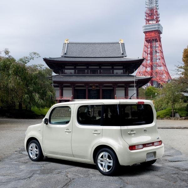 NISSAN | BRAND & PRODUCTS | Nissan | Cube