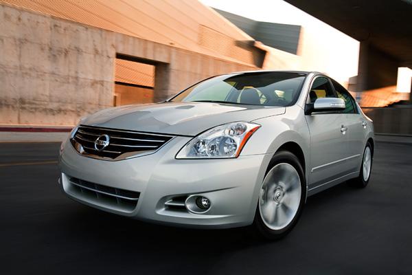 2011年會計年度第四季日產汽車獲利成長144%